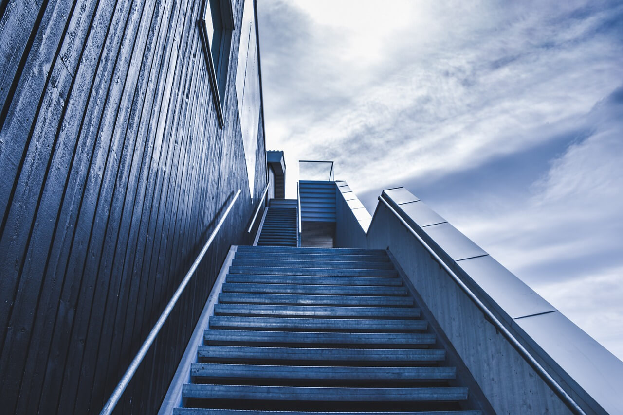 płytki na schody zewnętrzne