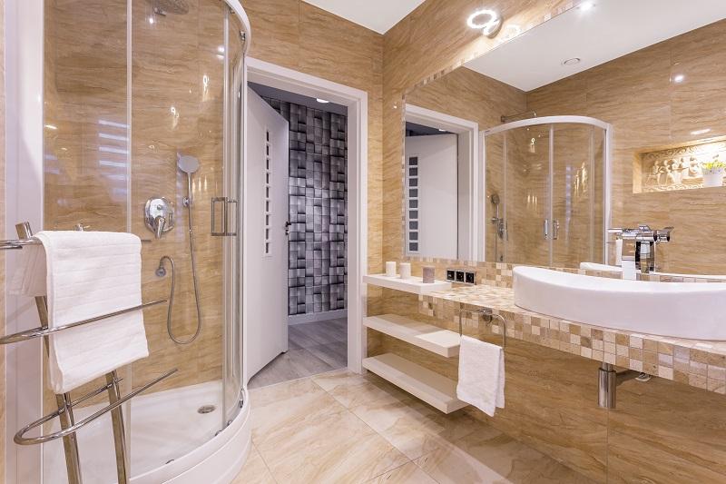 Praktyczna kabina prysznicowa